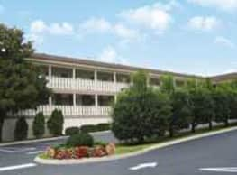 East Lake Apartments - Nashville