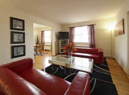 Oak Ridge Apartment - Riverdale