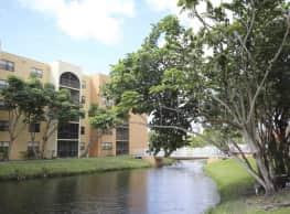 2500 Inverrary Club Apartments - Lauderhill