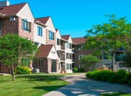 Oaks Lincoln Apartments - Edina