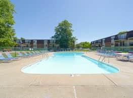 Westbrook Apartments - Springfield