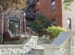 North Terrace Apartments - Mount Vernon