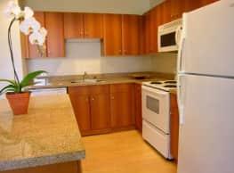 1010 Pacific Apartments - Santa Cruz
