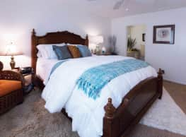 Meadowbrook Apartments - Fresno