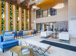 River House Apartments - Milwaukee
