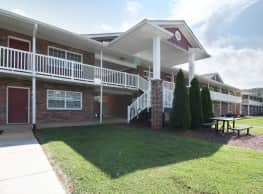 Greenwood Farms Apartments - Johnson City