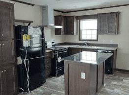 3 bedroom, 2 bath home available - Kalamazoo