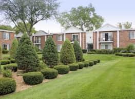 Courts Of Williamsburg - Lisle