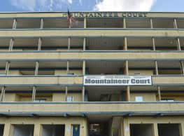 Mountaineer Court - Morgantown