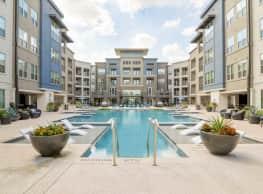 Everly Apartments - Houston