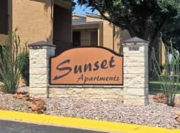 Sunset Apartments - San Angelo