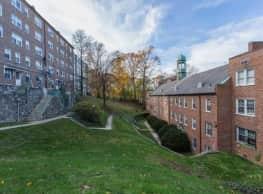 Harvard Village - Washington