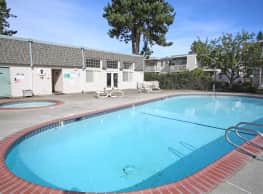Falls Pointe Apartments - Tumwater