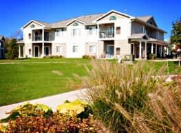 Emerald Park & Emerald Woods Apartments - Plainwell
