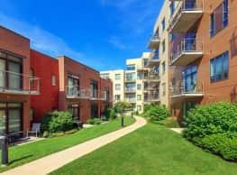 2550 University Apartments - Madison