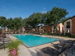 Foundations at Austin Colony Apartments - Sugar Land