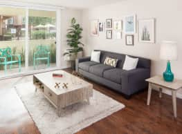 Serena Vista Apartments - Fountain Valley