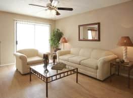 Vista Del Rey Apartments - San Antonio
