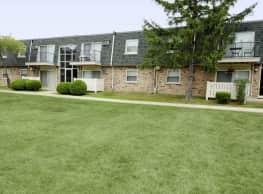 Green Oaks Apartments - Palos Hills