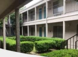 Courtyard Apartments - Yuba City