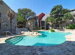 Oakstone Apartment Homes - San Antonio