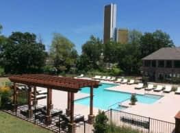 Riverbend on the Park - Tulsa