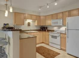 Admirals Cove Apartments - Anchorage