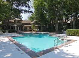 Lake Forest Apartments - Daytona Beach