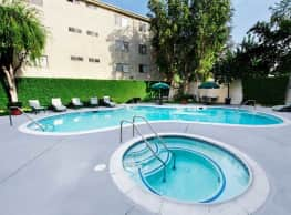 Parkview Apartments - Van Nuys