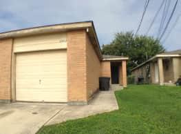 12217 Maverick Bluff - San Antonio