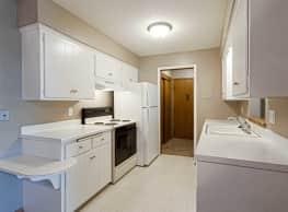 Riverwest Apartments - West Saint Paul
