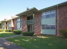 Bandywood Apartment Homes - Pascagoula