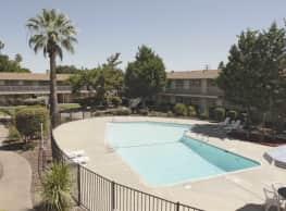Sierra Fair Apartments - Sacramento
