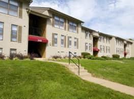 Commons at Cowan Boulevard - Fredericksburg