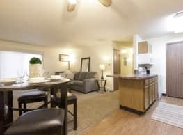 Sun Prairie Apartments - West Des Moines