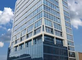 Bankier Apartments - Champaign