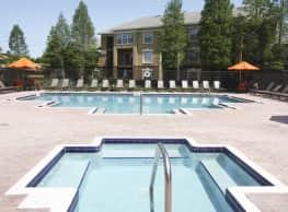Plantation Gardens Apartments - Pinellas Park