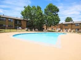 Lakeside Village - Oklahoma City