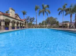 Club Pacifica Apartment Homes - Covina