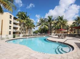 Sheridan Lake Club Apartment Homes - Dania Beach