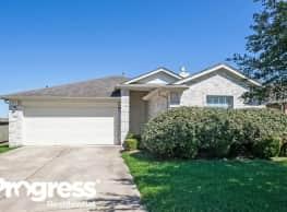 3506 Greenleaf Lodge Ln - Fresno