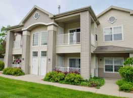 Shoreline Landing Apartments - Muskegon