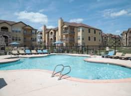Portofino Apartments - Wichita