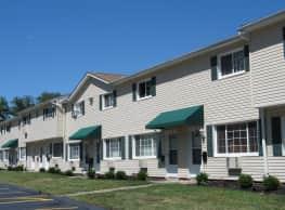 Evergreen Village Apartments - Elyria