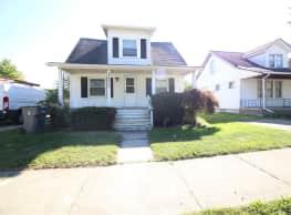 3 br, 1.5 bath House - 20510 Broadacres - Clinton Township