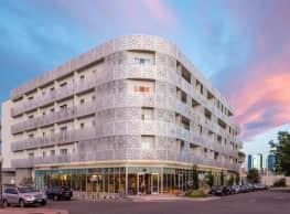 Lumina apartments - Denver