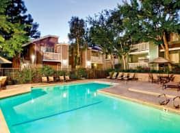 Canyon Terrace Apartments - Santa Clarita