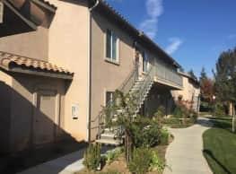 Remington Apartments - Fresno