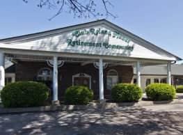 Club Roland Manor - Brownsburg