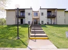 Roberts Gardens Apartments - Martinsburg
